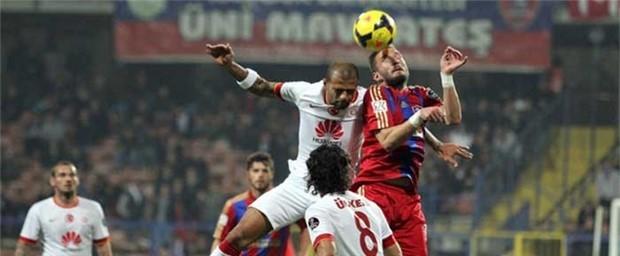 Vasat Galatasaray kazandı