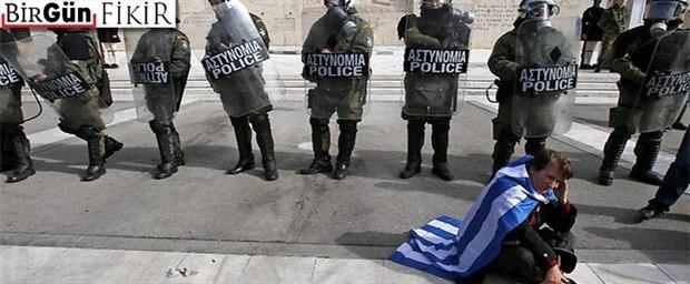 Yunanistan nasıl çökertildi?