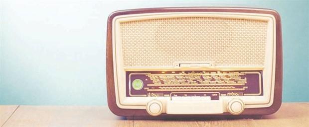 Elveda FM radyolar