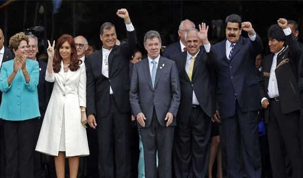 Latin Amerika solu sağa kayıyor