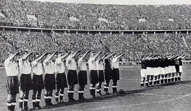 Bir İngiliz modası: Nazi selamı