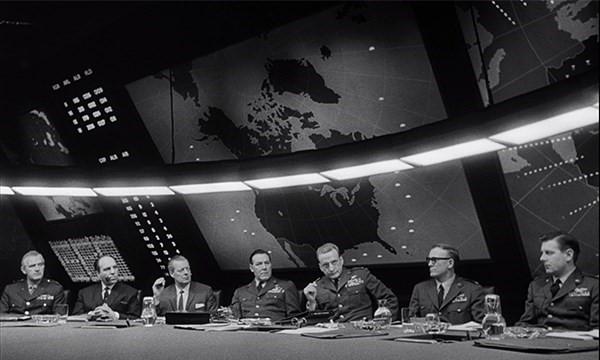 Bir Atom Sergisi ve 'Psikopatlar' Dünyası