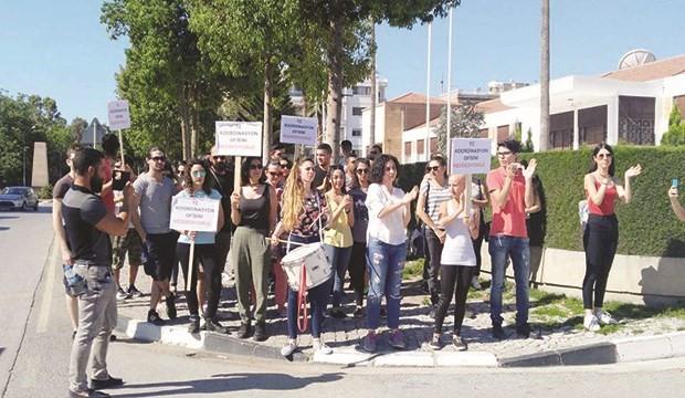 Kıbrıs reddediyor!