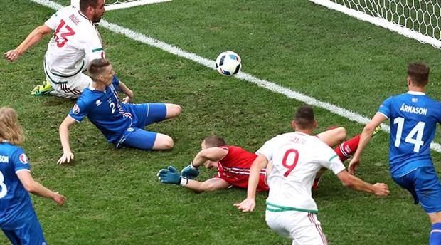 Euro 2016: İzlanda,  yıldızı bırak, takıma bak…