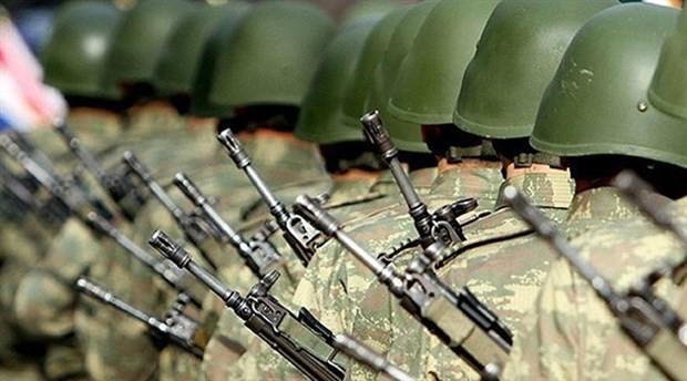 """Bakanlıktan """"Askerlik kısalıyor"""" haberlerine yalanlama"""