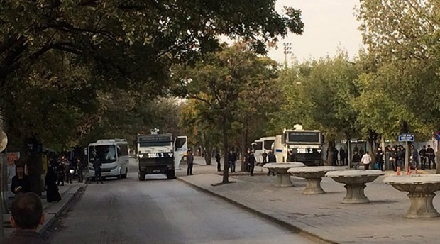 Police block roads and clash with people during Ankara massacre commemoration