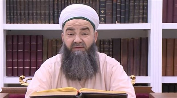 Cübbeli Ahmet: İbni Sina ve Farabi kafirdir