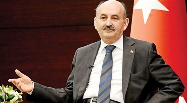 Over 135K state employees either suspended or dismissed in Turkey, says minister of labor