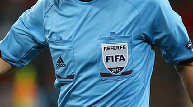 33 hakeme FIFA kokartı verildi