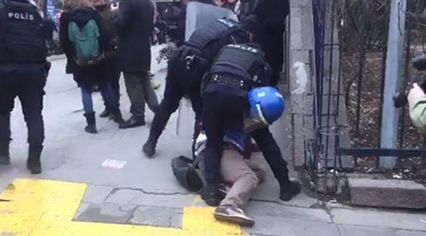 Police use force against academics of Ankara University
