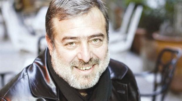 'Yıkık manastırın orda'  gezinen şair: Akif Kurtuluş
