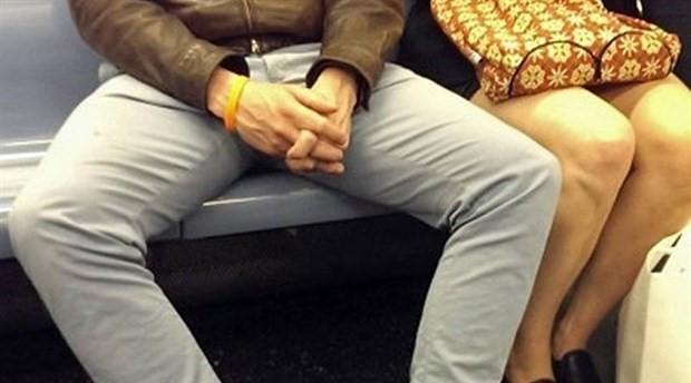 Belediyeden erkeklere: Yayılarak oturmayı kes