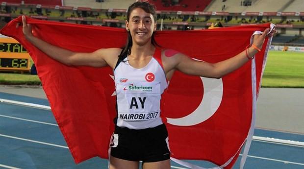 Mizgin Ay 200 metrede bronz madalya aldı