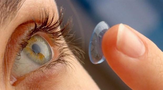 'Gözüm ağrıyor' diyen kadının gözünden 27 lens çıktı