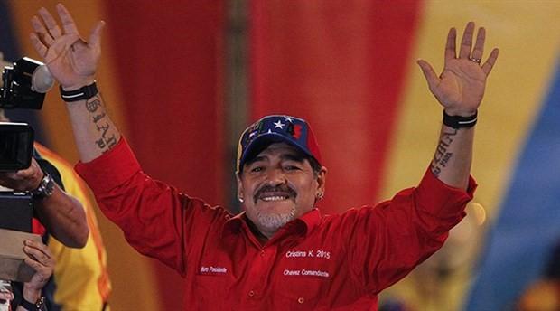 Maradona: Yaşasın Maduro, yaşasın devrim
