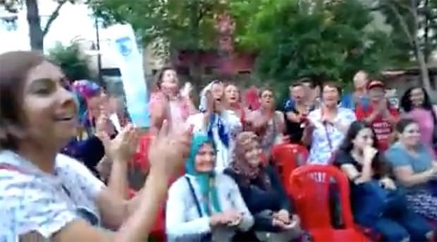 Gülpınarlı kadınlardan 'Zeytinime dokunma' şarkısı
