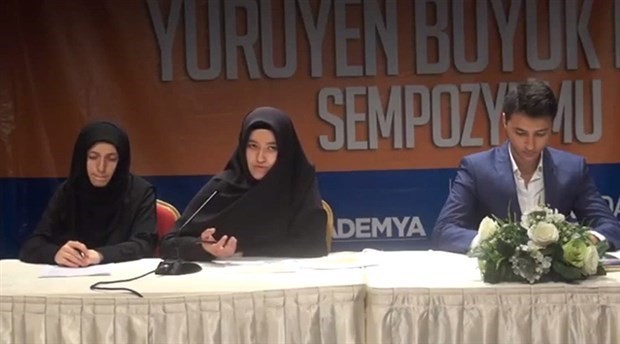 A speaker at a seminar in Turkey likens uncovered women to 'peeled tomatoes'