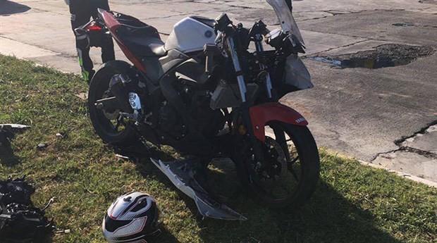 Motosiklet sürücüsünü mucize değil ekipmanları kurtardı
