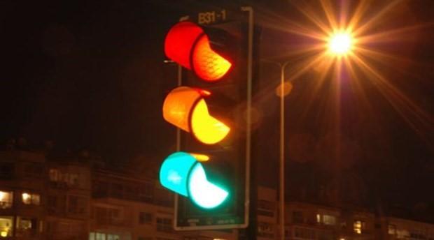 Kırmızı ışık için yeni düzenleme: Ehliyete el konulacak