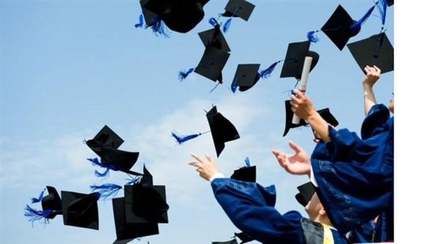 Üniversite mezunları iş bulamıyor