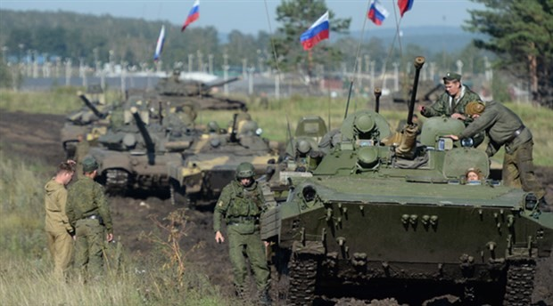 Rusya son yılların en büyük askeri tatbikatına hazırlanıyor