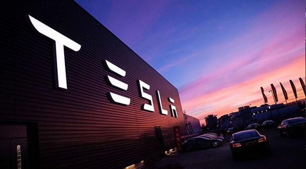 Tesla: Dünyanın en büyük pilinin inşası yarı yarıya tamamlandı