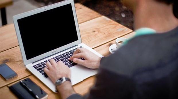 Bilgisayar başında gelen ölüm riski: Tromboz