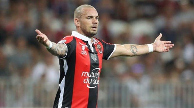Sneijder: Evde boş boş oturmak çok acı veriyor