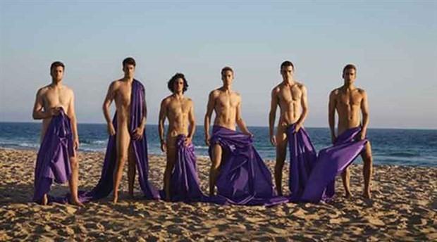 Kürek takımından homofobiyle mücadele için çıplak pozlar