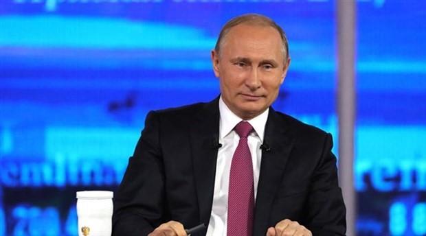 Putin, 2018 seçimlerinde yeniden aday olacağını açıkladı