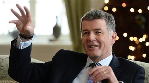 İngiliz Büyükelçi Moore veda etti; komplo mesajı verdi
