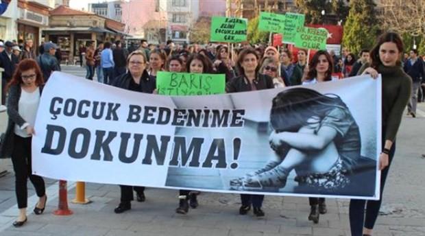 İzmir'de öğretmen 7 erkek öğrenciye tecavüz etti iddiası