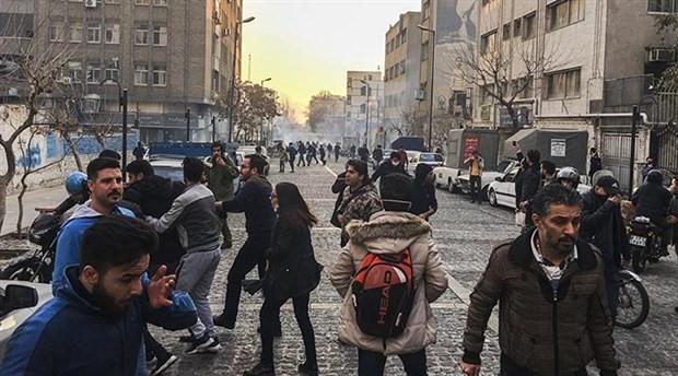 ABD Başkanı Trump: İran halkı yozlaşmış ve vahşi rejime karşı harekete geçti