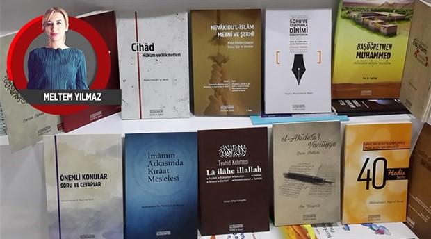 Kitaplardan aksesuara, sitelerden oyunlara... Din ticari bir faaliyete dönüşmüş durumda
