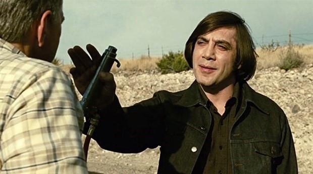 Sinema tarihinin en psikopat karakteri 'Anton Chigurh'