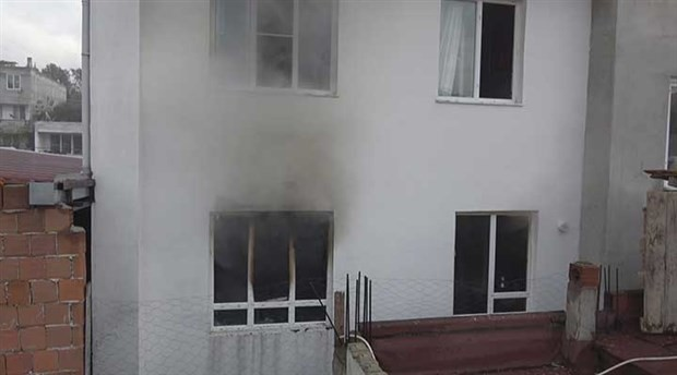 Ev sahibine kızan kiracı, evi ateşe verdi