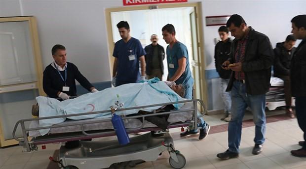 Yol çalışmasında göçük; 2 işçi yaralandı