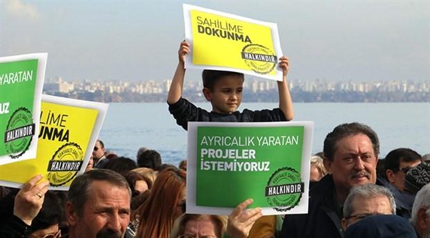 Antalyalılar Konyaaltı Sahil projesini protesto etti