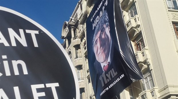 Hrant Dink, vurulduğu yerde anılıyor