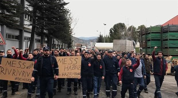 Metal işçileri 30 fabrikada grev kararı astı, iş durdurdu