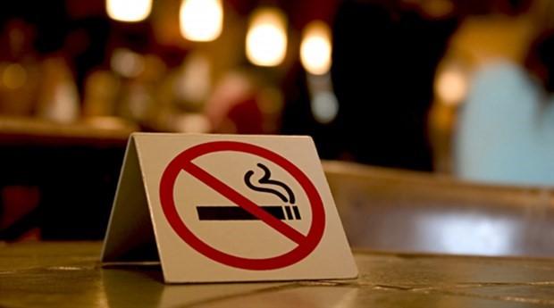 Sigara paketleri tek tip hale getiriliyor