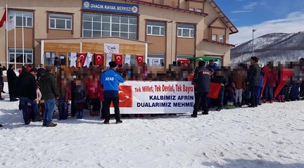 Çocukları 'deprem eğitimi' diyerek Afrin açıklamasına götürmüşler!
