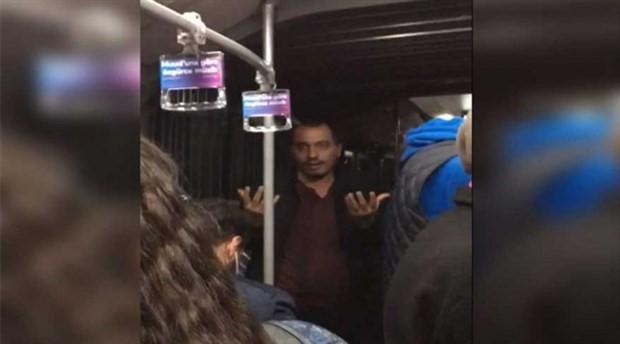 Metrobüste 'öpüşme' tartışması: Ben ahlak bekçisiyim