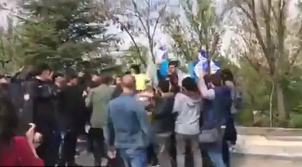 YÖK önünde üniversitedeki katliamı protesto eden öğrenciler gözaltına alındı
