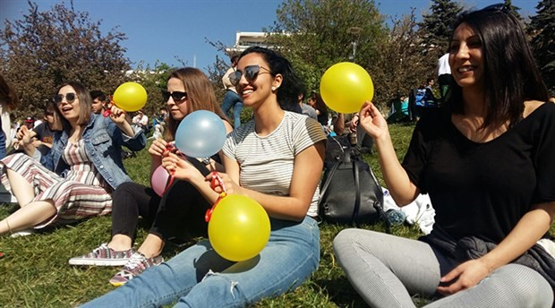Kadınlar polis engeline rağmen hayallerini paylaştı