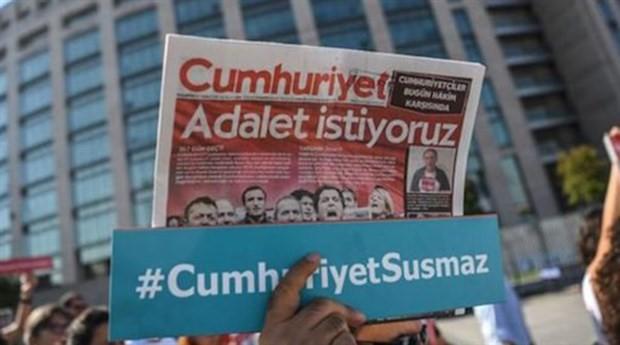 Cumhuriyet davası kararı açıklandı: Gazeteciliğe hapis cezası