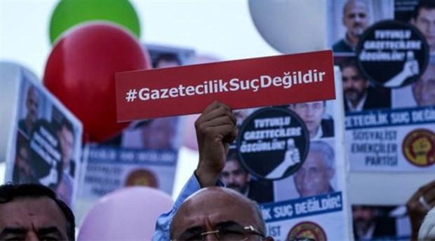 RSF, son 10 yılda gazetecilere yönelik saldırıları derledi