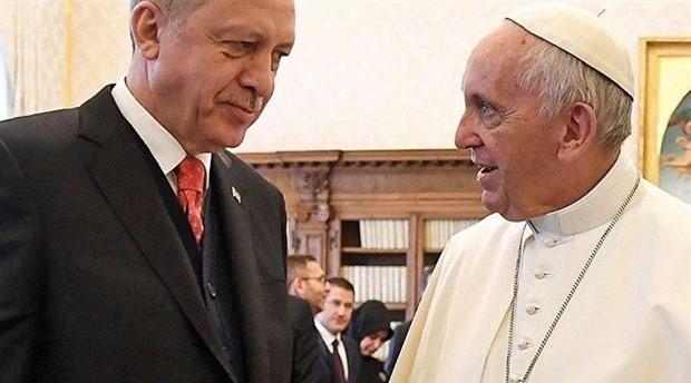 Erdoğan, Papa Francis ile telefonda görüştü