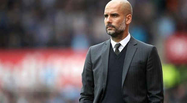 Manchester City, Pep Guardiola ile olan sözleşmesini uzattı