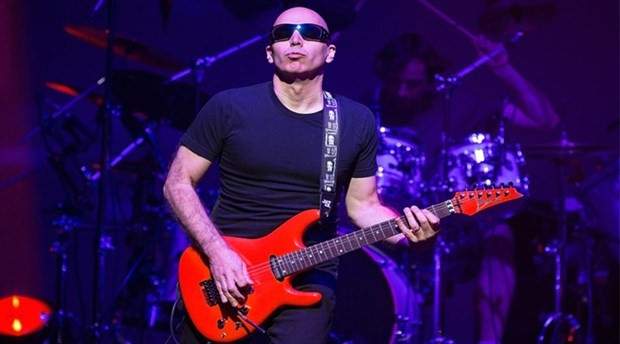 Joe Satriani ve Pentagram aynı sahnede yer alacak